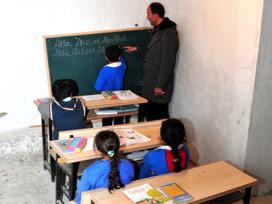 Doğu'ya giden öğretmene ek ücret