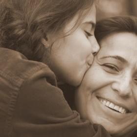 anne sevgisi ile ilgili görsel sonucu